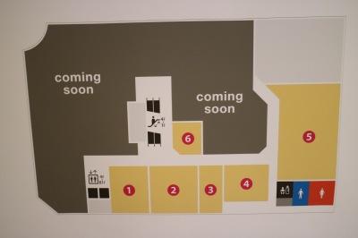 閉店区画が並ぶ3階の売り場