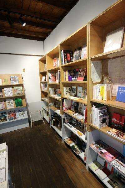 復旧した本棚