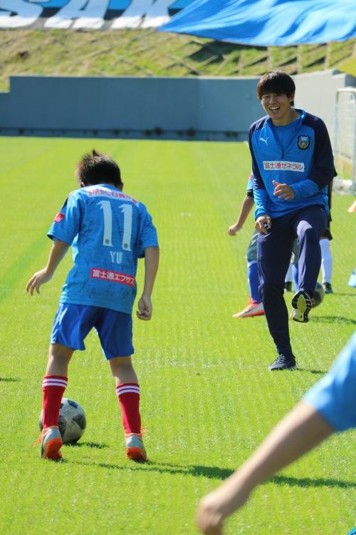 「あさお青玄まつり」サッカー教室での脇坂選手
