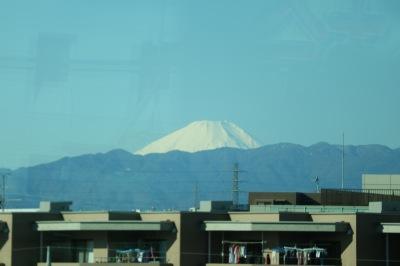 南武線の車窓からの富士山