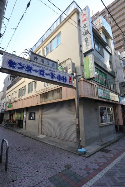センターロード入口の「らぁ麺はやし田」オープン予定地