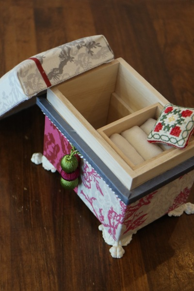第1回ワークショップで作ったミニ茶箱