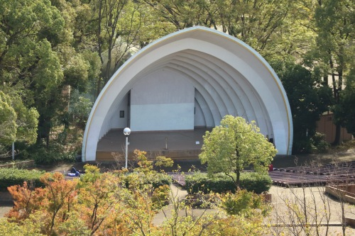 中原平和公園の音楽堂